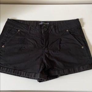 Black shorts 🌺